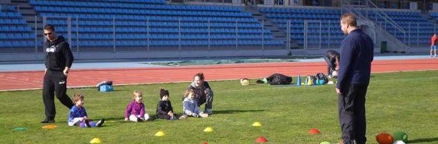 Baby rugbymen stade léo lagrange